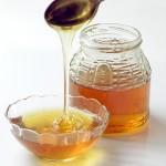 Masque au miel et à l'eau de rose