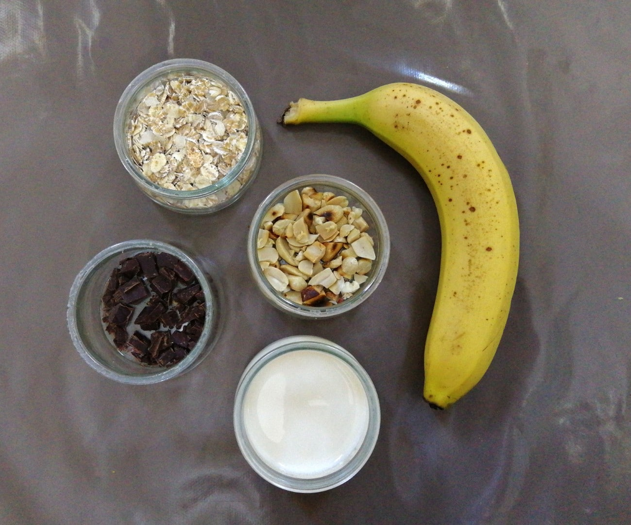 Overnight oatmeal pudding